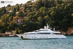Cynthia - 35m - Moiora (Raphaël Belly Photography) Tags: rb raphaël monaco raphael belly photographie photography yacht boat bateau superyacht my yachts ship ships vessel vessels sea motor mer m meters meter cynthia 35m 35 maiora white blanc bianco mmsi 247221120