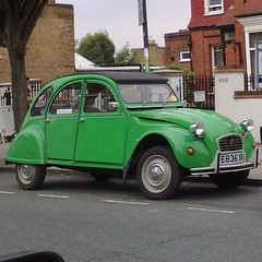 ♕ (uk_senator) Tags: 1987 citroen 2cv bamboo green