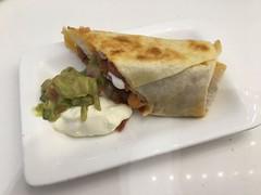 Breakfast Burrito, Air New Zealand Lounge, Sydney Kingsford-Smith Airport (Creusaz) Tags: food nourriture drinks breakfast burrito air new zealand lounge sydney kingsfordsmith airport