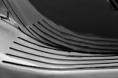 Waving / Golvend (jo.misere) Tags: auto treeplank oldtimer reflectie reflection bw zw