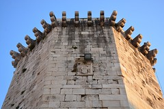 Venetian tower (Split, Hrvatska 2018) (paularps) Tags: paularps beer ozujsko ozujskobeer hrvatska croatia kroatië flickr reizen travel europa europe 2018 culture nature sailing islandhopping unesco worldheritagesite adriatic adriaticcoast zeilen fietsen biking island islands