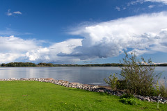 Sunday mood (jannaheli) Tags: suomi finland helsinki arabianranta naturephotography luontovalokuvaus nikond7200 luonto nature sunday sunnyday syksy autumn arabia taivas sky clouds pilvet bluesky linnut birds
