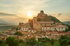 Rocca San Felice (angelocesta) Tags: rocca san felice irpinia tramonto borgo italia paese medioevale campania fujifilmitalia fuji fujifilm cielo architettura colori