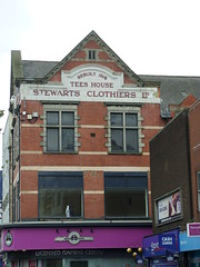 Stewarts Clothiers (Glass Horse 2017) Tags: teesside stocktonontees sign signsunday teeshouse stewartsclothiers 1912 rebuilt highstreet