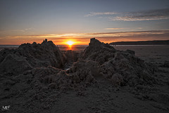 Sunset DxOFP LM+21 1006547 (mich53 - thank you for your comments and 5M view) Tags: leicamtype240 lespieux beach cotentin coucherdesoleil sunset plage télémètre rangefinder entfernungsmesser superelmarm21mmf34asph manche normandy normandie sunlight nuit rasdusol