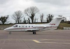 F-HITM Hawker 400XP Air ITM (corkspotter / Paul Daly) Tags: fhitm raytheon aircraft co 400a beechjet 400xp be40 rk501 l2j 39a26c mqt air itm 2006 200612 n501xp ork eick cork airplane sky