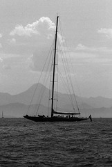 Black Pearl (FrankR_) Tags: adoxsilvermax100 boats elmar90mmf4collapsible filteror leicam2 naval reflectaproscan7200 ship silvermax129 yacht fethyie muğla tukey tr