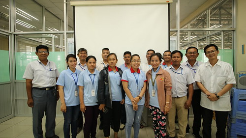 Pilot Program to improve Transport Safety for commuting workers launches Road Safety Working Groups at factories