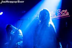 The Broadcast (Joe Herrero) Tags: aprobado concierto concert bolo gig light blue