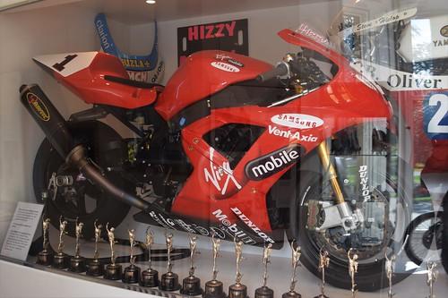 2003 Virgin Mobile Yamaha R1 - Steve Hislop