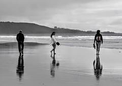 Low tide (MiguelHax) Tags: harlech wales beach sea reflection blackandwhite bw wb monochrome noiretblanc black white