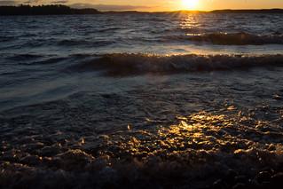 Golden sunset waves - Lake Päijänne