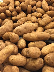 Potatoes (joncutrer) Tags: ingredients cooking grocerystore vegetables food edible groceries produce royaltyfree cc0 potatoes baking