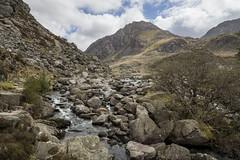 Tryfan (Keartona) Tags: spring llynogwen river ogwen cwmidwal tryfan mountain rugged northwales snowdonia rocky rocks water wales welsh landscape scenery scenic capelcurig