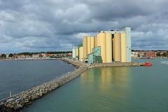 Vi startar färden i Ystad (Annica Spjuth) Tags: start fotosondag fs180902 bornholmsfärjan ystad hamn pir