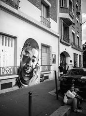 street art (Jack_from_Paris) Tags: p1000012bw panasonic dmcgx8 micro 43 raw mode dng lightroom capture nx2 rangefinder télémétrique bw noiretblanc monochrom wide angle street paris art mur wall 75013