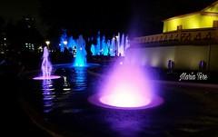 Fuentes - Parque de La Reserva - Lima - Perú. - (MariaTere-7) Tags: fuentes circuitomágicodelagua parquedelareserva lima perú maríatere7 figuras colores reflejos
