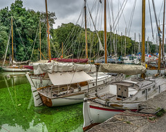 Sailboats... Voiliers au port de La Roche-Bernard (capvera) Tags: la rochebernard sailboats voiliers vilaine river rivière morbihan