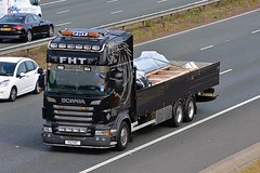 P2 FHT (Martin's Online Photography) Tags: scania truck wagon vehicle freight haulage commercial transport a1m northyorkshire nikon nikond7200 flatbead