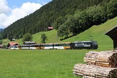 2018-08-15, MOB, Saanen (Fototak) Tags: schmalspurbahn treno railway train goldenpass berneroberland saanenland switzerland panoramicexpress 8003 mob