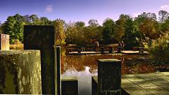 Schlossparksee Karlsruhe (MHikeBike) Tags: farbig wege himmel schlossplatz schloss deutschland badenwürttemberg baden karlsruhe zirkel häuser gebäude geschäfte schlosspark see