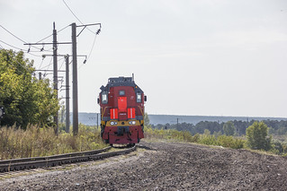 TEM18DM-1198 shunting locomotive