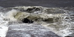 Waves aplenty at Earnse Bay (billnbenj) Tags: barrow cumbria walneyisland earnsebay 102metretide hightide surf spray waves galeforcewind