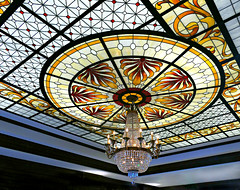 Chandelier and Stained Glass Ceiling (Colorado Sands) Tags: stainedglass ceiling chandelier broadmoor coloradosprings colorado usa sandraleidholdt broadmoorhotel decorative hotel geometric resort