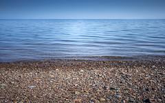 La mer est calme (Luc Jacob) Tags: gaspésie lieux nature vacance vacances villes voyage voyages