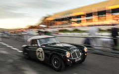 Restart (NaPCo74) Tags: austin healey 3000 mk1 goodwood revival 2018 england english motor circuit britain racing race car historic classic lord march duke richmond sussex chichester canon eos 700d pit pits paddock blur speed motion sun kinrara trophy