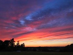 Red Sky Sunset (Marc Sayce) Tags: red orange sky clouds sundown sunset countryside fields headley hampshire summer autumn september 2018