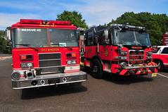 East Windsor Volunteer Fire Company No. 1 Rescue 42 · Princeton Fire Department Rescue 60 (Triborough) Tags: nj newjersey mercercounty hopewell ewvfc eastwindsorvolunteerfirevompanyno1 firetruck fireengine rescue engine rescue42 pierce saber pfd princetonfiredepartment rescue60 arrow arrowxt