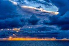 DSC_0373.jpg (David Hamments) Tags: stormatsea sunset sky backbeach wa storm bunbury clouds