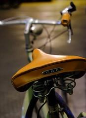 Stylish ride (HonleyA) Tags: saddle bicycle bike italy florence firenze style stylish fuji fujifilm xpro2 leather