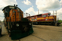 Midwestern Neighbors (Jeff Carlson_82) Tags: cnw wc emd irm il sd402 sd45 6847 7525 ols operationlifesaver illinoisrailwaymuseum gong bell wide union chicagonorthwestern wisconsincentral train railroad railfan railway museum tourist tourism heritagerailway