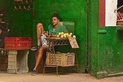 Cuba- La Habana (venturidonatella) Tags: cuba lahabana lavana avana habana caraibi caribbean isola persone people gentes colori colors nikon nikond500 d500 emozioni tatuaggi tattoo verde green america latinamerica americalatina