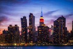 Manhattan Skyline - Empire State Building (ericjmalave) Tags: architecture cityscape gantrypark lights longexposure longislandcity manhattan midtown newyorkcity nyc twilight fujixt10 samyang12mm fujixf1855 gantry plaza queens fujix fuji sunset urbannyc summer 2018