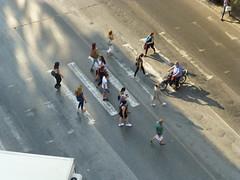 Crosswalk (skumroffe) Tags: crosswalk pedestriancrossing pedastrians övergångställe gående people människor folk street thessaloniki egnatia greece hellas ellada grekland gata