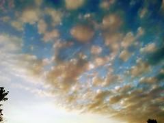 Gorgeous Sunrise 9/13/2018 (MindsiMedia 2012) Tags: sunrise naturalbeauty nature clouds sky meditational