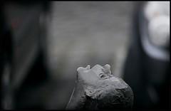 smog (motorhand2) Tags: deutschland weeze nordrheinwestfalen deu umwelt umweltverschmutzung environment kunst statue denkmal skulptur bronze nase auto abgase niederrhein parkplatz 20140222 motorhand pollution motorhand2 matthias