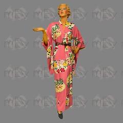 1930s 1940s Japanese Silk Kimono (Rickenbackerglory.) Tags: vintage 1930s 1940s japanese silk kimono siegel mannequin hands belt