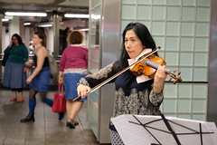 Violin (dangaken) Tags: ny nyc newyorkcity newyorknewyork newyorkny bigapple empirestate city urban eastcoast september2018 september timessquare broadway 7thave times square public crowd bustle usa america manhattan midtownmanhattan upperwestside downtown newyorksubway mta metropolitantransitauthority transit train rail subway elevatedtrain commute commuter car nytransit nysubway asian violin instrument performer music art brunette