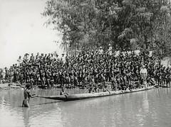 Afdrukken-Zuid Papua-011b (Stichting Papua Erfgoed) Tags: pietvanmensvoort papuaheritagefoundation stichtingpapuaerfgoed papua irianjaya voormalignederlandsnieuwguinea