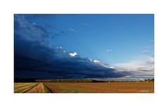 Niederrhein - Wolkenjäger... (Babaou) Tags: deutschland kreiskleve weeze wemb laarbruch wolken clouds regen dxopl wetter nrw niederrhein