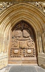 Bath Abbey (abtabt) Tags: unitedkingdom uk england bath georgianarchitecture architecture abbey church d700sigma1224 wood door