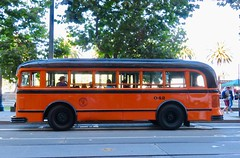 1938 White Motor Co. Coach 042 (waltarrrrr) Tags: flixbustrip september8 2018 saturday sanfrancisco bus classic 1938 muniheritageweekend muni sfmuni sf transit publictransit