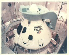 a_v_c_o_AKP (108-KSC-66C-1607) (apollo_4ever) Tags: scimitarantenna commandservicemodule servicemodule facilitiesverificationvehicle boilerplatem11 apolloboilerplatecapsule rcsthrusters reactioncontrolsystemthrusters umbilicalfairing humanspaceflight mannedspacecraft mannedspaceflight apollospacecraft spacerace boilerplate boilerplatecapsule m11 ksc kennedyspacecenter msob mannedspacecraftoperationsbuilding vacuumchamber altitudechamber spacecapsule projectapollo apolloprogram apollospaceprogram