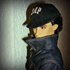 Undercover (Deejay Bafaroy) Tags: fashion royalty fr integrity toys colorinfusion cinematic convention doll puppe homme male declan wake portrait porträt undercover