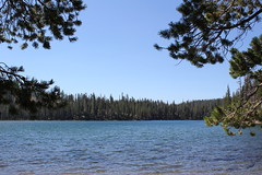 Beautiful Lower Twin Lake (rozoneill) Tags: lassen volcanic national park california hiking twin lakes upper lower cluster pacific crest trail peak echo lake