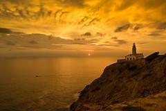 Amanecer Faro Capdepera (carloscarriónsánchez) Tags: capdepera faro lighthouse amanecer mallorca sunrise sunset